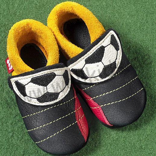 POLOLO: Krabbelpuschen/ Hausschuhe, Motiv: kleiner Fußballer DEUTSCHLAND ÖKO Leder